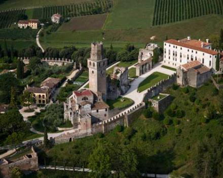 Vino in Villa, Susegana (Treviso), Castello di San Salvatore. Tasting of the best 100 labels of Prosecco